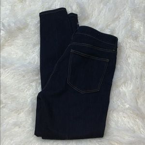 Ann Taylor Jeans size 6 The Skinny Curvy fit